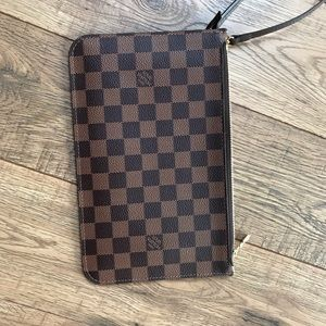 Louis Vuitton Neverfull Brown Damier Pochette